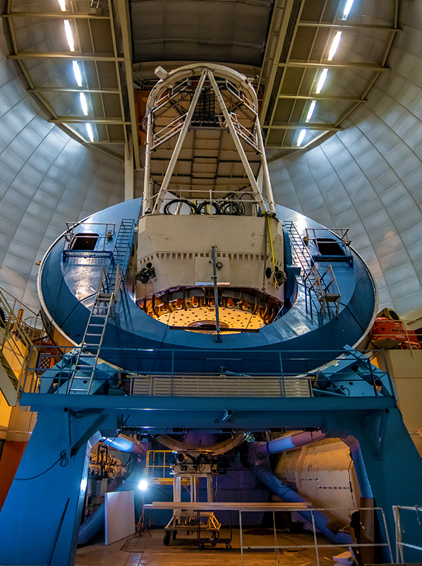 Mayall Telescope with DESI being installed
