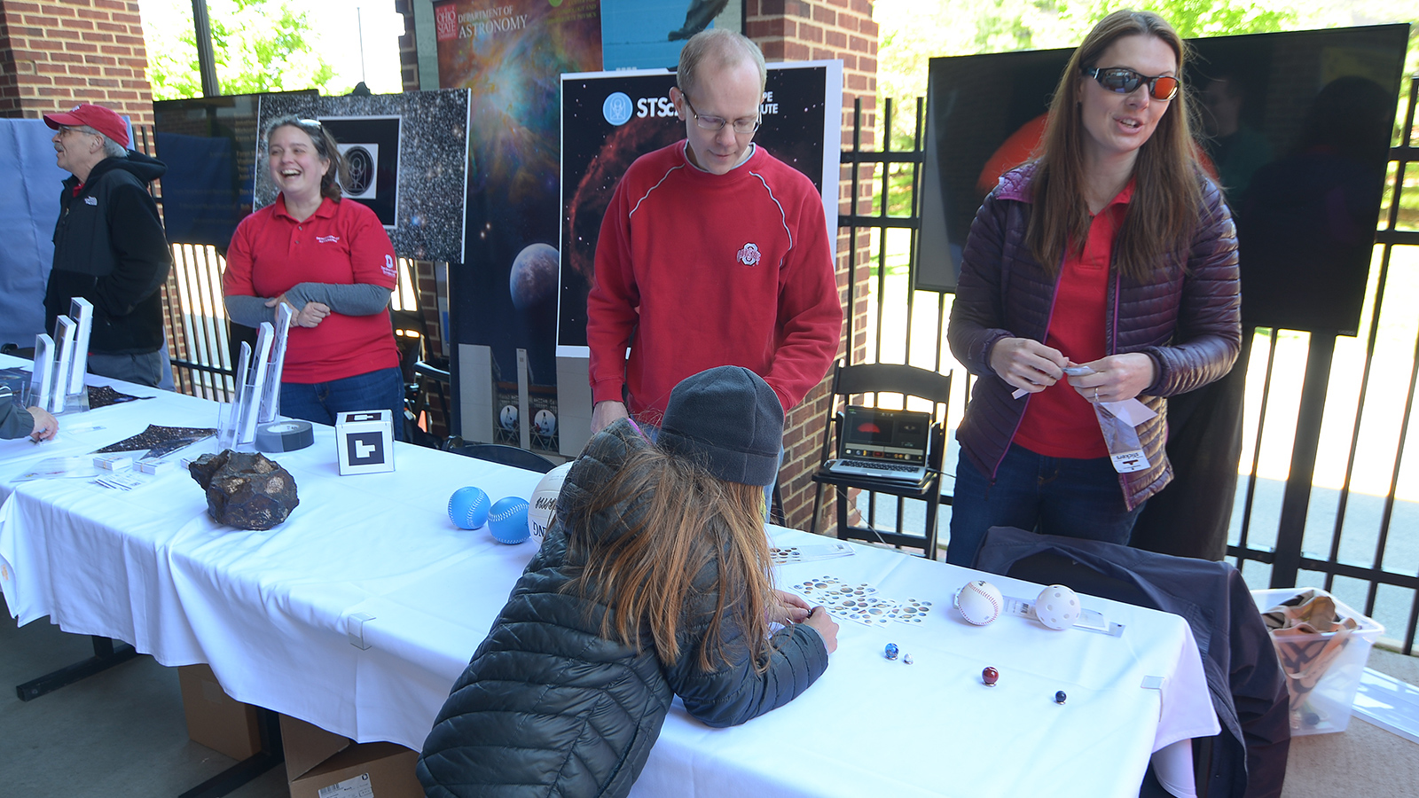 OSU Astronomy doing Outreach at Huntington Park.