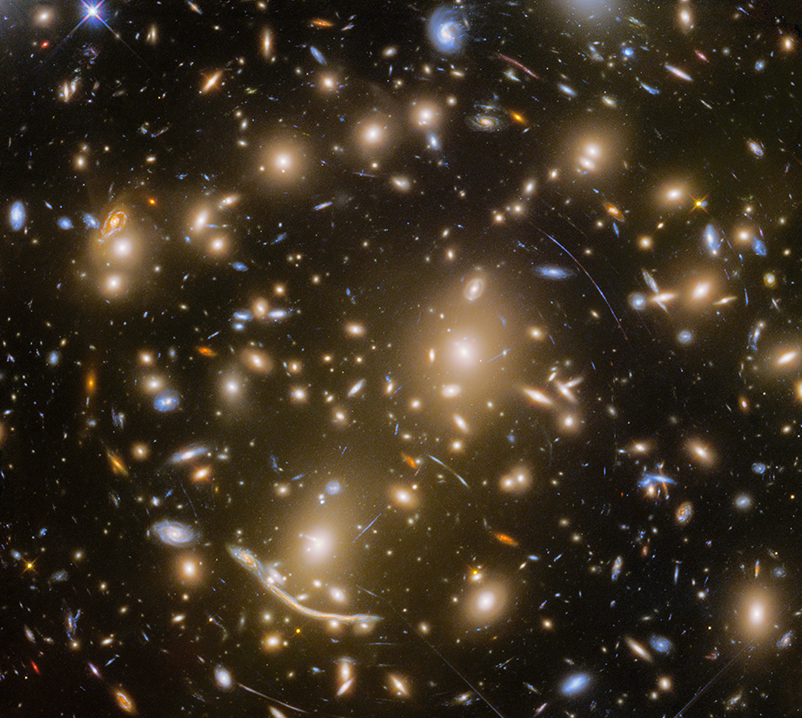 Image of a lensed galaxy behind the Abell 370 cluster