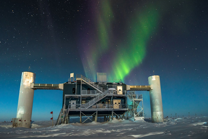 IceCube Neutrino Detector at the South Pole